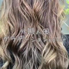 上品 ゆるふわ ブリーチ エレガント ヘアスタイルや髪型の写真・画像