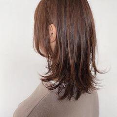 セミロング ミルクティーベージュ ピンクベージュ ミルクティーグレージュ ヘアスタイルや髪型の写真・画像