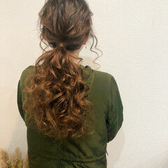 ポニーテール アップ ロング フェミニン ヘアスタイルや髪型の写真・画像