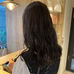 アッシュベージュ パーマ ゆるふわパーマ デジタルパーマ ヘアスタイルや髪型の写真・画像