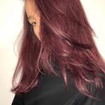 モード セミロング 赤髪