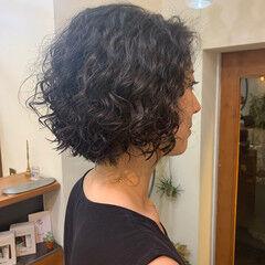 ミニボブ ボブ スパイラルパーマ ショートボブ ヘアスタイルや髪型の写真・画像