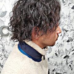 メンズパーマ メンズスタイル ショート スパイラルパーマ ヘアスタイルや髪型の写真・画像
