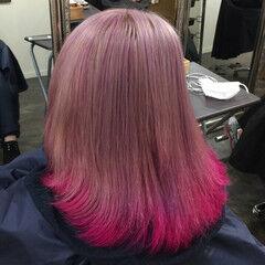 ピンク インナーカラー ストリート パープル ヘアスタイルや髪型の写真・画像
