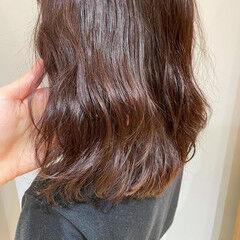 パーマ デジタルパーマ ミディアム 切りっぱなしボブ ヘアスタイルや髪型の写真・画像