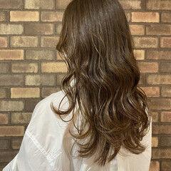 透明感 大人ヘアスタイル 大人ロング ナチュラル ヘアスタイルや髪型の写真・画像