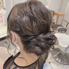 セミロング 二次会ヘア 結婚式ヘアアレンジ グレージュ ヘアスタイルや髪型の写真・画像