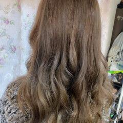 ロングヘアスタイル ロング エレガント ブリーチオンカラー ヘアスタイルや髪型の写真・画像