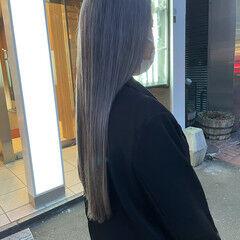 ハイトーン ロング エレガント 艶髪 ヘアスタイルや髪型の写真・画像