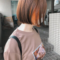 インナーカラー ミニボブ オレンジカラー ブリーチカラー ヘアスタイルや髪型の写真・画像