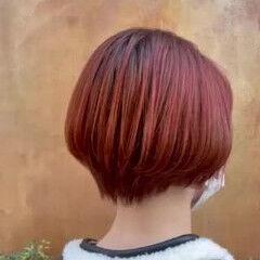 レッドブラウン モード ショートヘア オレンジカラー ヘアスタイルや髪型の写真・画像