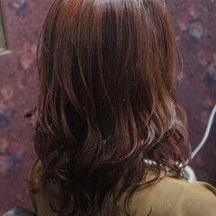 フェミニン ミディアム ブリーチ 外国人風カラー ヘアスタイルや髪型の写真・画像