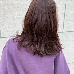 モカブラウン 外ハネボブ ミディアム 大人かわいい ヘアスタイルや髪型の写真・画像