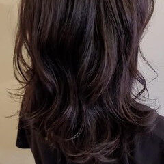 アンニュイほつれヘア 大人女子 アンニュイ ナチュラル ヘアスタイルや髪型の写真・画像