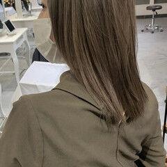 バレイヤージュ ミディアム エアータッチ ハイライト ヘアスタイルや髪型の写真・画像
