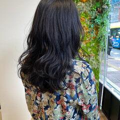 ネイビーアッシュ ガーリー 艶髪 ロング ヘアスタイルや髪型の写真・画像
