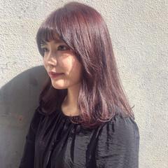 ピンク ベリーピンク チェリーレッド ボルドー ヘアスタイルや髪型の写真・画像