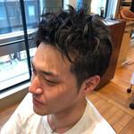 黒髪 ナチュラル ツーブロック メンズヘア