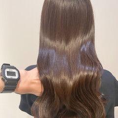 ミルクティーブラウン ブリーチなし ミルクティーグレージュ ナチュラル ヘアスタイルや髪型の写真・画像