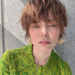 ミルクティーアッシュ ショートヘア 丸みショート ショート ヘアスタイルや髪型の写真・画像