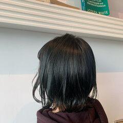 ナチュラル ミディアム ブルージュ 切りっぱなしボブ ヘアスタイルや髪型の写真・画像