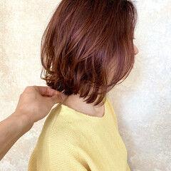 前下がりボブ ミディアム カジュアル 束感 ヘアスタイルや髪型の写真・画像
