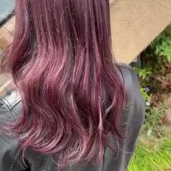 ロング ピンクカラー ピンク ナチュラル ヘアスタイルや髪型の写真・画像