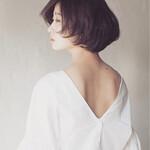 黒髪 フェミニン ショート