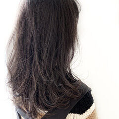 ウェーブ ミディアム 外国人風カラー モード ヘアスタイルや髪型の写真・画像