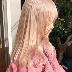 ガーリー ブロンド ベージュカラー ミルクティーベージュ ヘアスタイルや髪型の写真・画像