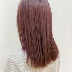 ラベンダーアッシュ セミロング ハイトーンカラー 透明感カラー ヘアスタイルや髪型の写真・画像