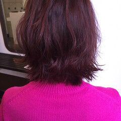 ショート マルサラ レッド ピンク ヘアスタイルや髪型の写真・画像