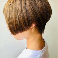 ハンサムボブ ハンサム ヌーディベージュ ショート ヘアスタイルや髪型の写真・画像