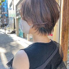 前髪パーマ マッシュショート ショート ラベンダーグレージュ ヘアスタイルや髪型の写真・画像