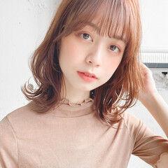 ハイライト ミニボブ ゆるふわセット フェミニン ヘアスタイルや髪型の写真・画像