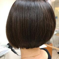 前下がりヘア ナチュラル 前下がり ボブ ヘアスタイルや髪型の写真・画像