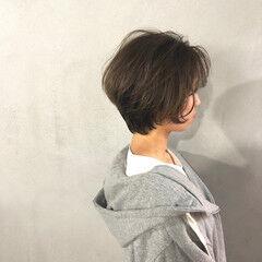 ショートボブ ショートヘア アッシュグレー ナチュラル ヘアスタイルや髪型の写真・画像