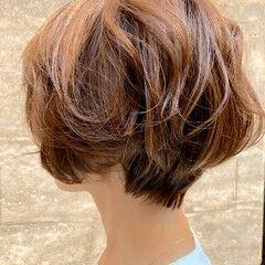 ナチュラル 小顔ショート ショートボブ 似合わせカット ヘアスタイルや髪型の写真・画像