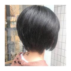 黒髪 ショートヘア ツヤ髪 ナチュラル ヘアスタイルや髪型の写真・画像
