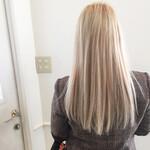ナチュラル ホワイト ストレート 金髪