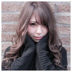アッシュベージュ 透明感カラー ハイトーンカラー 髪質改善 ヘアスタイルや髪型の写真・画像