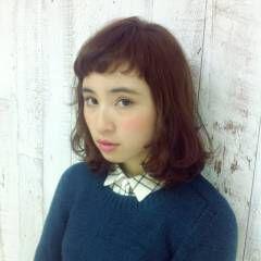 オン眉 秋 ミディアム ナチュラル ヘアスタイルや髪型の写真・画像