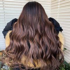 バレイヤージュ ピンクグレージュ グラデーションカラー 大人ハイライト ヘアスタイルや髪型の写真・画像