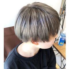 ストリート ショート シルバーアッシュ ダブルカラー ヘアスタイルや髪型の写真・画像
