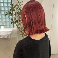 フェミニン ベリーピンク チェリーピンク ミディアム ヘアスタイルや髪型の写真・画像