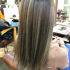 コントラストハイライト ハイライト 透明感カラー サーフスタイル ヘアスタイルや髪型の写真・画像