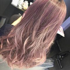 ピンク ベージュ ストリート グラデーションカラー ヘアスタイルや髪型の写真・画像