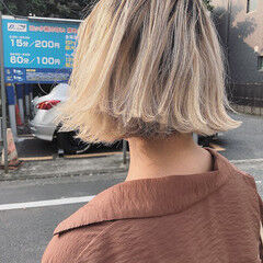 アッシュベージュ ミニボブ ナチュラル ブリーチカラー ヘアスタイルや髪型の写真・画像
