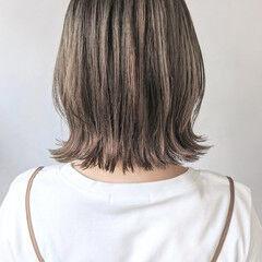 コテ巻き 大人かわいい ショートヘア ラフ ヘアスタイルや髪型の写真・画像
