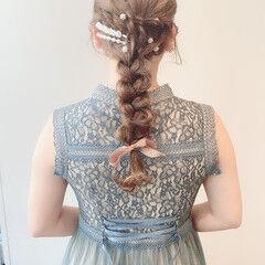 セルフヘアアレンジ ロング 結婚式ヘアアレンジ ミルクティーベージュ ヘアスタイルや髪型の写真・画像